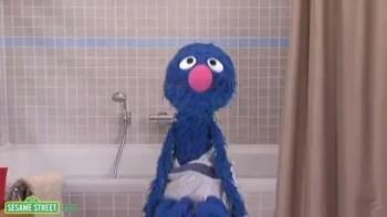 Sesame Street: Smell Like A Monster