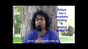 Robyn Green healed from blindness