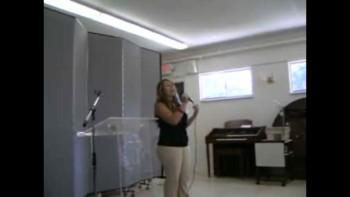 Wanda Renovada cantando El Vive acapella