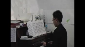 20101121 christian piano