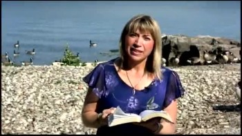 Praise God & Win - Ljiljana Krstevski