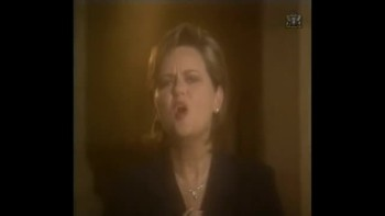 Vicki Yohe - Do You Hear What I Hear