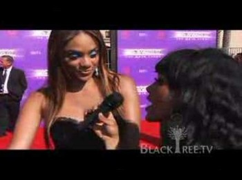 BET AWARDS 07 - Red Carpet - Alesha Renee