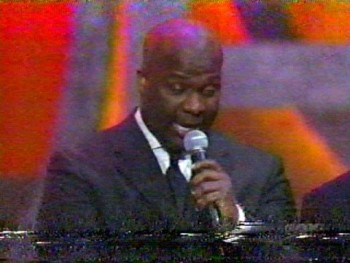 BEBE WINANS LIVE - LOVE THING