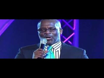 "BMI Tribute to CeCe Winans Pt .2---BeBe Winans Sings, ""Don't Cry"""