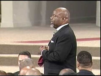 Bishop TD Jakes Fight Back Praise