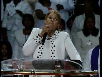 Evgan Dorinda Clark Cole 102nd Holy Conv in Memphis Tnn 2009 - Morning Manna