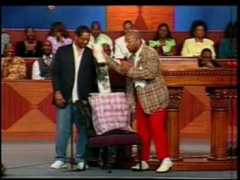 Bishop Noel Jones introduces 2 Bishop BIlly Bob and Bobo Bob 2