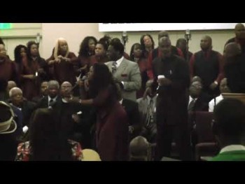Bishop Noel Jones & The City Of Refuge Choir 2009