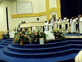 Pastor Shirley Caesar Preaching Dec. 2008