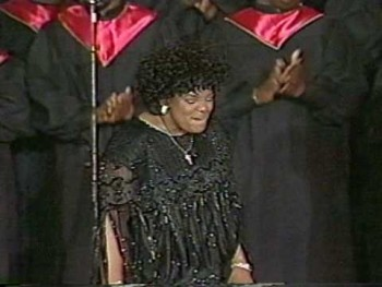 MAMA SHIRLEY CAESAR LIVE - GOD KEEPS HIS PROMISES!