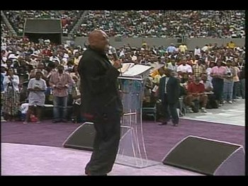 Bishop Paul Morton Preaching at Mega Fest 2005