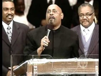 "Bishop Paul Morton Whooping ""Taking The Limits Off"" PT. 2"