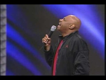 Bishop Paul Morton Singing at Mega Fest 2005
