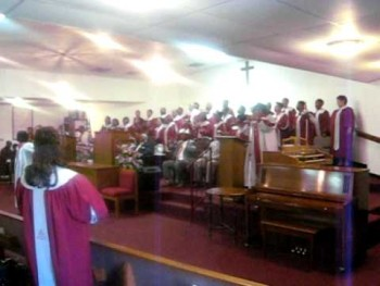 GNMZ Mass choir singing Be Blessed- Bishop Paul Morton