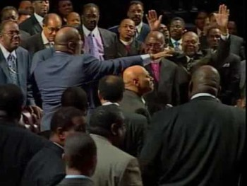 COGIC Pastor Marvin Winans & Bishop Paul S Morton Bow Down