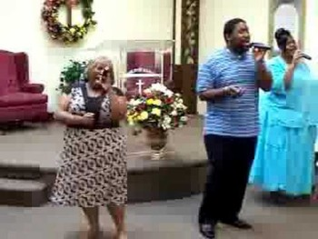 Word of Faith Praise and Worship Team sings - Flow to You