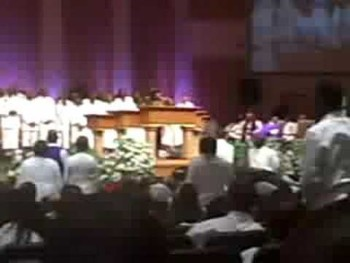 Vanessa Bell Armstrong@ Bishop Chareles A. Craig III's Homegoing