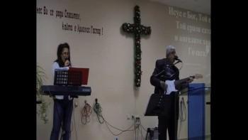 Фахри Тахиров - Исус  Е  Бог , Той  Е  Цар