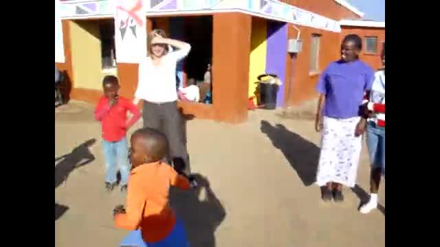activiteiten met kids van Phumula b