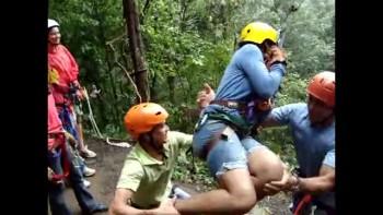 Costa Rica 30-Pendulum