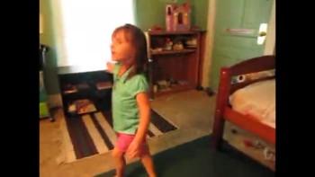 "Lacey Sings Chris Tomlins ""Sing Sing Singquot;"