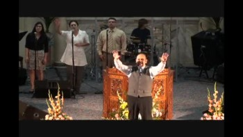 Trinity Church Worship (Spanish) 3-13-11 Part-3