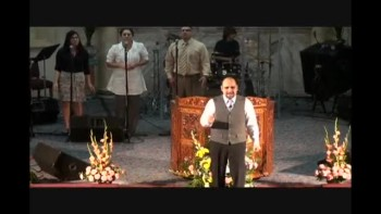 Trinity Church Worship (Spanish) 3-13-11 Part-4