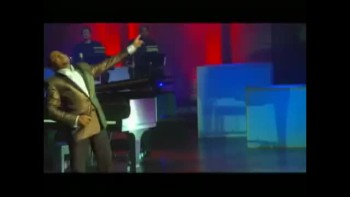 Smokie Norful - Justified (Live)