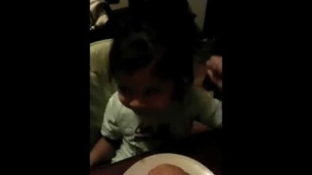 So Cute! Baby Sings Big Big God