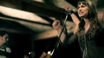 Christine D'Clario - El Nos Ama