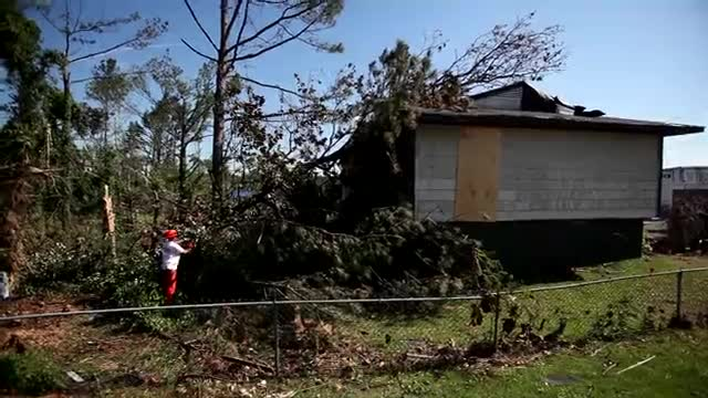 Volunteers Needed In Alabama To Help With Tornado Recovery