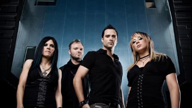 Skillet -Whispers in the Dark- Live