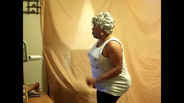 Sistah Gossip Exercising