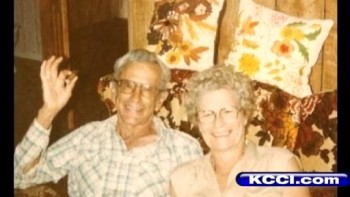 Couple Married 72 Years Dies Together Holding Hands