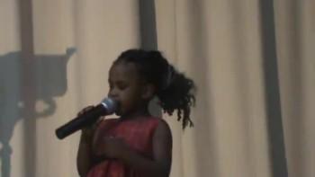 2 yr old sings Jesus loves me