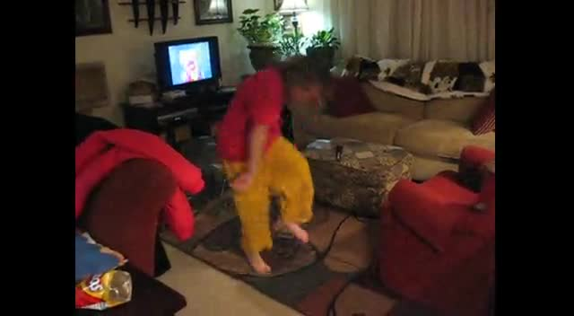 Samantha dances to Fraggle Rock music