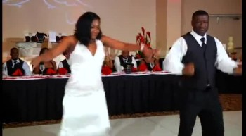 Father and Bride Surprised Their Guests With The First Dance