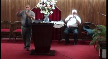 Sanando a los enfermos por mano de los apostoles. Hno.Javier Almiron.12-11-2011