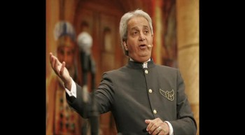 Benny Hinn - I am a god man, I am a messiah