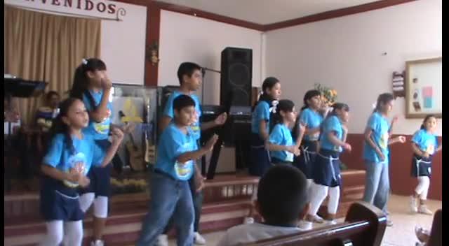 El Nino y las ninas de Primera Iglesia Bautista #3