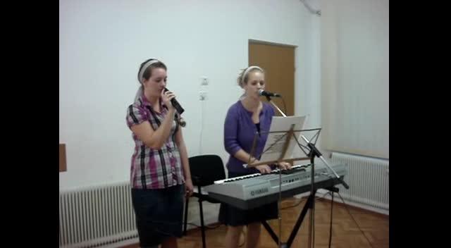 Anna &Becky