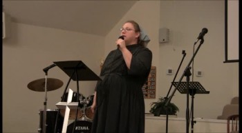Sunday Night Sing ~ Liz Colston