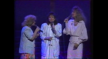 Hymns Medley - Sandi Patti and First Call
