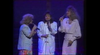 Hymns Medley - Sandi Patti and First Call