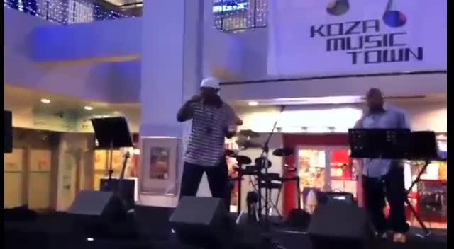 M.Y. Tha Vizion - Performing in Japan at Koza Music Town (@thavizion)