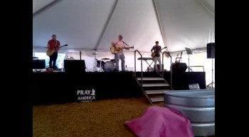 JOEY  TY PERFORMING BREAK AT TENT FOR TEENS