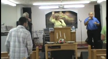 THE CARTER FAMILY SINGING AT VICTORY FAITH CENTER HOLINESS CHURCH IN SPARTANBUR SC APRIL 7 2012 LONG AS I GOT KING JESUS