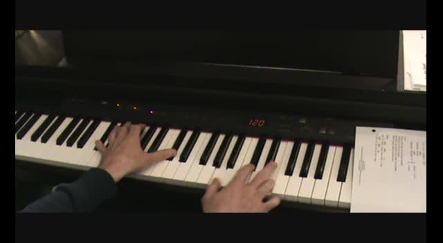 Learn to lead worship on the piano in minutes!!! PART 2