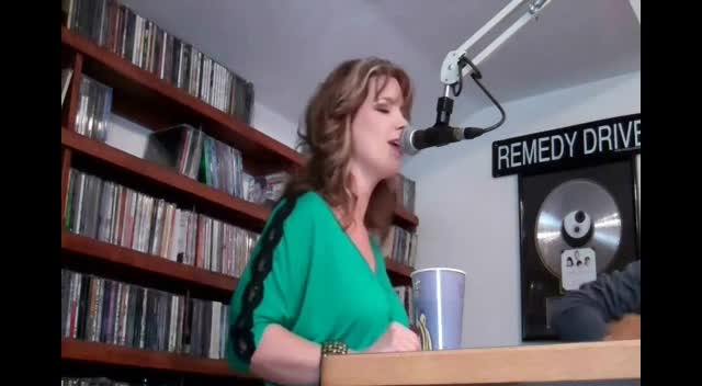 Karyn Williams Sings Every Good Thing Live at WCTL